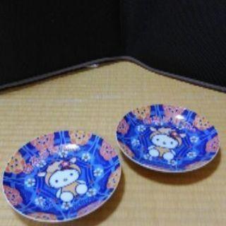 キティちゃんのお皿2枚☆