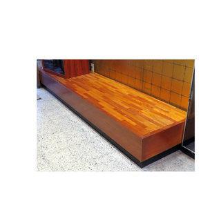 商品台 約244cm 幅 業務用 木製 飾り台 約30cm高の土間...