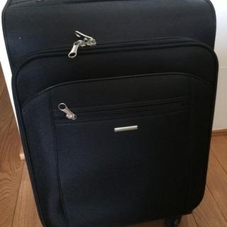(取引完了)スーツケース キャリーケース 黒 中古美品 機内持ち込み可
