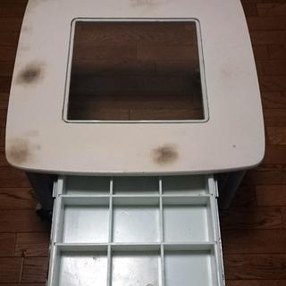 コレクション引き出し付きガラステーブル。傷、汚れ、サビありでよろし...