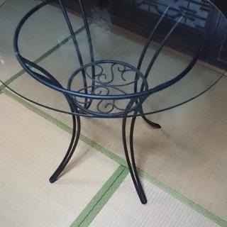 丸型ガラステーブル