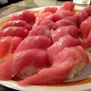 ☆築地130年の老舗寿司屋で修業した友人を呼んで驚きの価格で休日昼...