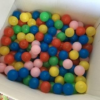 ボールプールのボール 約350個 500円