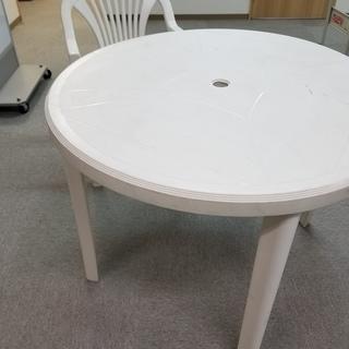 ガーデンテーブル2個&椅子7脚セット