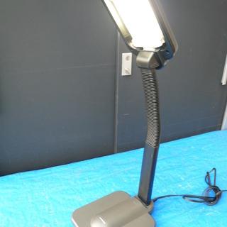 サンヨー 蛍光灯  デスクライト 卓上スタンド 照明 KS-E2726