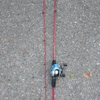 釣り竿 ベイトリールのセット売。