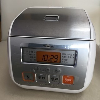 東芝3合炊き炊飯器