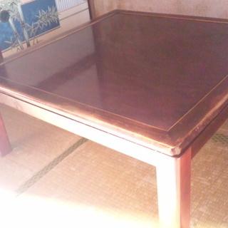 (終了)【無料で差し上げます】 洋室でも合いそうなテーブルコタツ