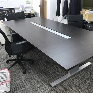 【至急無料】ミーティングテーブル ソファー3台 椅子2脚