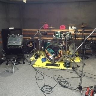 ギター・ベースレッスン (バンド練習・自主制作CDレコーディングOK!)