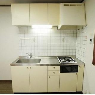 初期費用無料! 広々2階2DK、駐車場あり、ペット可。 − 神奈川県