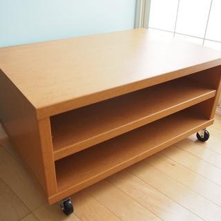 ローテーブルまたはTV台(キャスター(車輪)付き 、 オレンジ寄り...