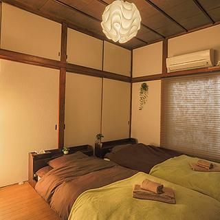 【価格大幅値下】大人数Airbnbに最適☆こだわりの家具家電一式を...