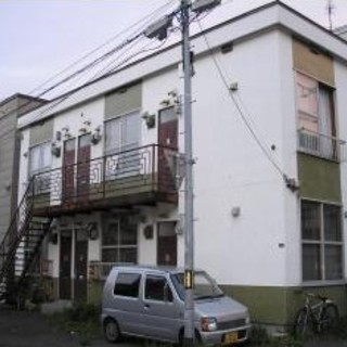 収納、キッチン・トイレバス洗面3点ユニット完備!!格安1DK!【P...