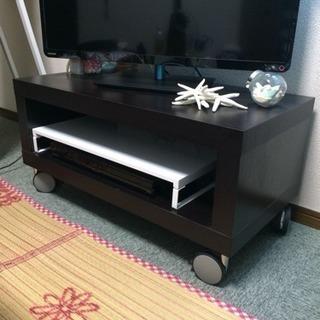 木目調のテレビ台