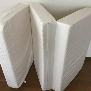 三つ折りベッドマットレス