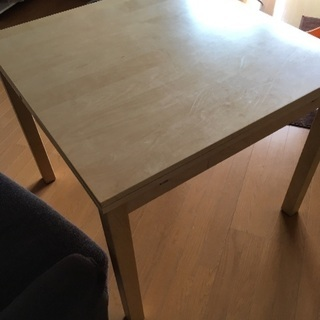 【問合せ終了させていただきます】ダイニングテーブル(IKEA)