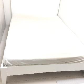 IKEAダブルベッド木製フレーム