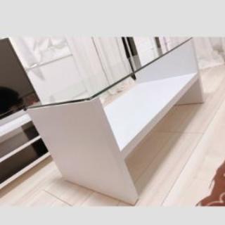 ホワイトローテーブル★ガラス天板★使用期間2ヶ月美品★