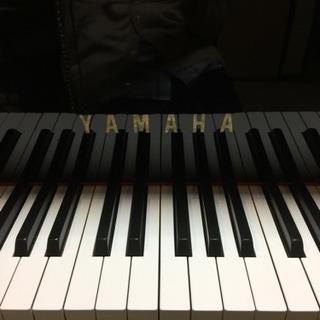 らくらくピアノ、はじめての英語リトミックとピアノ