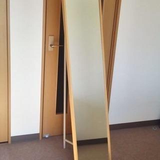 無印良品 姿見ミラー/鏡。裏に収納スペース有り。9月引取り希望。の画像