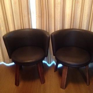 回転椅子2個