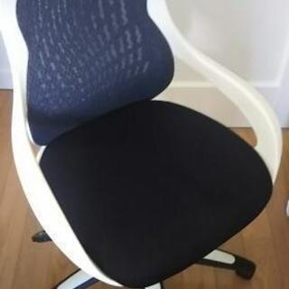 デスクワーク用回転椅子