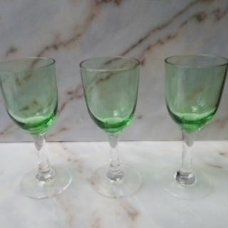 【手渡し限定】グリーンのワイングラス★3客セット★昭和50年前後★業務用