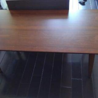 折り畳み式テーブル(ニトリ)