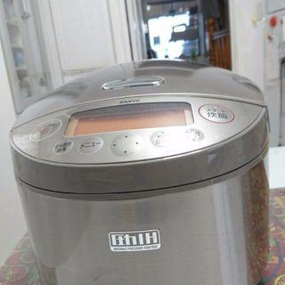 炊飯器 SANYO おどり炊き 圧力IH