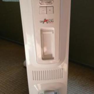 デロンギオイルヒーター TDD00...