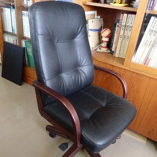 本革の椅子