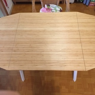 IKEA 伸長式テーブル