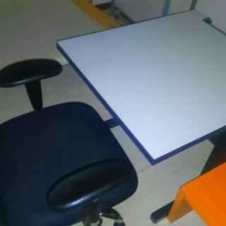 椅子 テーブル二点