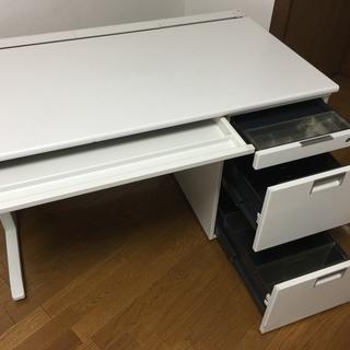 事務机・イトーキ製・片袖・アイボリーホワイト