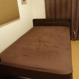 ベッドとマットレスをお譲りします。