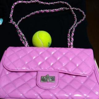 超美品、新品同様、可愛いPinkバッグ ひもの長さ2本で持てば短...