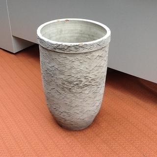 傘立てで使っておられました 素敵な陶器の置物 高さ44㎝ 玄関 イ...