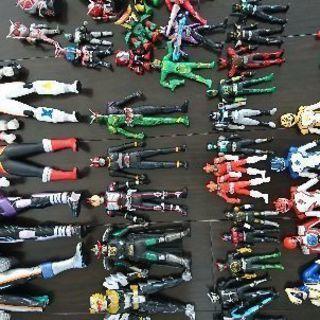 仮面ライダーのフィギュア+戦隊ものフィギュア