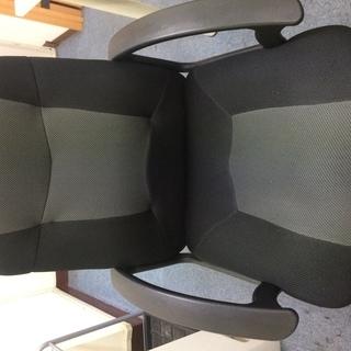 メッシュ生地 事務椅子