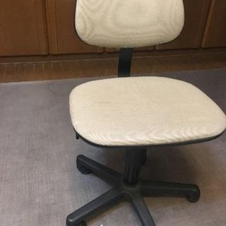 高さ調節可能 椅子