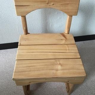 木製子供用椅子 花台