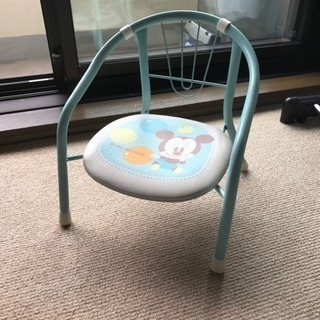 ミッキーのパイプ椅子