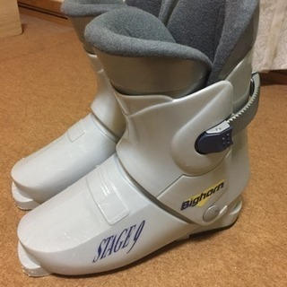 スキー靴 24cm