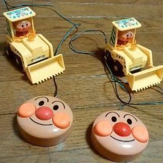 アンパンマンのおもちゃ2個