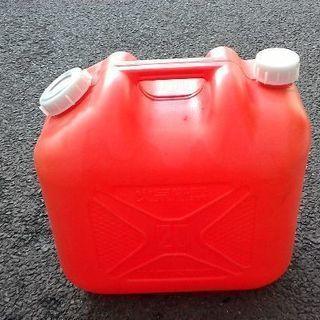 灯油ポリタンク② 20リットル