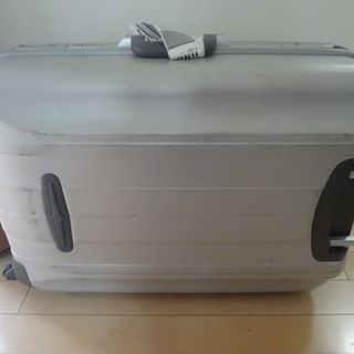 ※値下げしました。 ◇マクレガー スーツケースです。