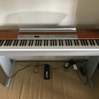 ピアノ、電子ピアノ