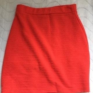 値下げ赤のタイトスカート CECIL McBEE