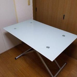 ガラス昇降テーブル